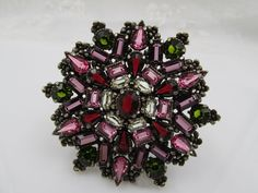 Hollycraft 1954 Hollycraft Shades of Rose, Amethyst, Garnet, Olivine Rhinestone Brooch