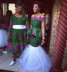 Traditional Wedding Dresses 2018 with regard to Trending This Year - Wedding Ideas MakeIt African Traditional Wedding Dress, Traditional Wedding Attire, Traditional Outfits, African Wedding Attire, African Attire, African Print Dresses, African Dress, African Prints, African Clothes