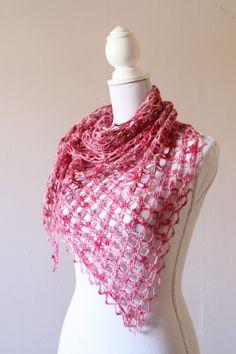 Emma Shawl crochet pattern, by MissNeriss. Pattern available on Ravelry.