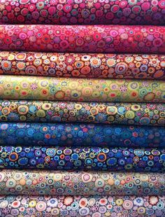 Kaffe Fassett's legendary Paperweight print in all of the best color palettes #citycraft