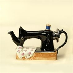 Sewing machine teapot. Two of my favorite things in one.