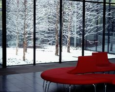 Winter penetrates deep into the heart of the building. The snow coats the ground and the branches of the trees, revealing textural qualities still evident during dormancy.(Photos courtesy of Michael Van Valkenburgh Associates, Inc.)right-click here to save larger image