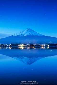 Mt.Fuji, Japan, by Thanapol Marattana.