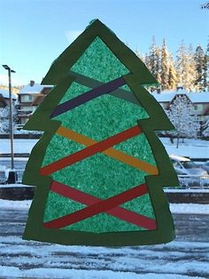 window crafts, paper craft, stained glass, easy holiday craft, easy holiday art, primary art, Christmas crafts