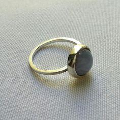 Anel em prata 950 com pedra Agata Azul.