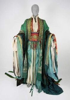 """Vestido de """"El último Emperador""""."""