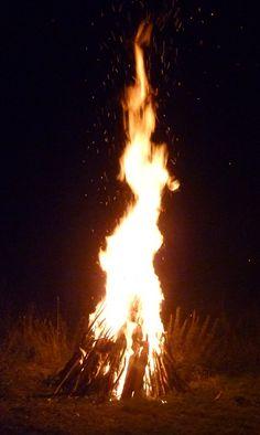 The Dancing Lady  Bonfire at Butser Ancient Farm, Samhain 2011