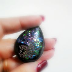 Resin Handmade Cabochon - Black Drop with flowers, paillettes, iridescent flakes and glitters di archidee su Etsy