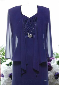 Description: Embossed borders with beading. Falling into a chiffon dress. Chiffon jacket finished with satin trim. Colour: Tea Rose, Marina Blue Size: 10, 22 Te
