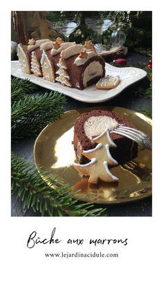 Bûche à la mousse de marrons, génoise cacao et sirop d'abricot... Juste délicieux ! www.lejardinacidule.com Cacao, Juste, Tiramisu, Christmas Ideas, Simple, Conkers, Treats, Syrup, Sweet Recipes