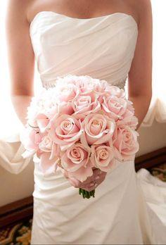 bruidsboeket met rozen