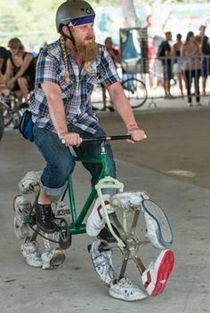 Bicycling shoes guaranteed never to go flat. - RealFunny - So Funny Epic Fails Pictures Epic Fail Pictures, Funny Pictures, Bizarre, Instagram Logo, Pedal Cars, Cool Inventions, Bike Design, Funny Fails, Funny Images