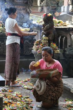 Bali - In the temple at the Ubud market