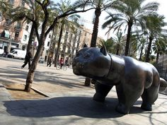 Las Ramblas Cat statue -   a good landmark to meet up with friends. Ambar, at the southern end, is a good spot for a beer and alternative music