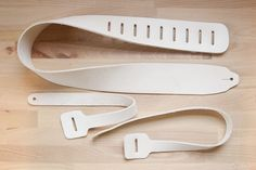 AmazonSmile - Leather Guitar Strap Kit - Made in USA by Moxie & Oliver -