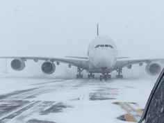 The world's largest passenger plane, a Singapore Airlines Airbus was forced to land at Stewart International Airport on Thursday due to blizzard conditions. Commercial Plane, Jumbo Jet, Major Airlines, Air Charter, Airbus A380, Airline Flights, Civil Aviation, The Weather Channel, Air Travel