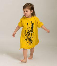 Black splash dress Black Splash, Shirt Dress, T Shirt, Kids Fashion, Summer Dresses, Yellow, Fun, Supreme T Shirt, Shirtdress