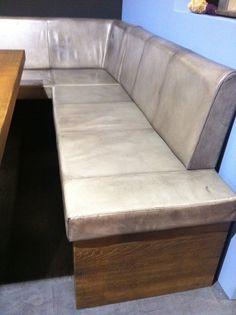 Die Vintage Eckbank DUBLIN jetzt mit neuer Farbe des Vintage Lederbezugs.