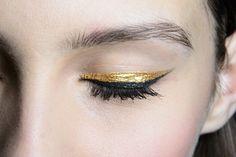 Golden eyes #makeup