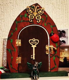 How To Decorate Fairy Doors