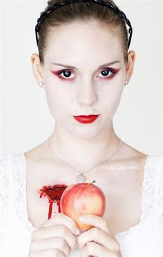 This is Halloween: Snow White caught by the Huntsman...