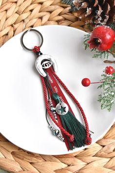 Γουρακι - μπρελοκ με πεταλο Washer Necklace, Personalized Items, Jewelry, Jewlery, Jewerly, Schmuck, Jewels, Jewelery, Fine Jewelry
