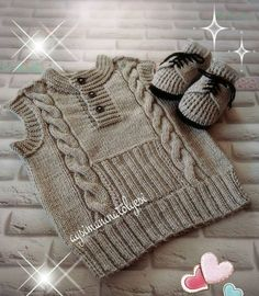It's a beautiful baby vest.You can get detailed information about this model from the link below. Kids Knitting Patterns, Knitting For Kids, Knitting Designs, Hand Knitting, Knitted Baby Outfits, Knitted Baby Cardigan, Baby Pullover, Pullover Design, Sweater Design