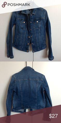Zara Denim Jacket Zara TRF denim jacket! No visible scratches. Zara Jackets & Coats Jean Jackets