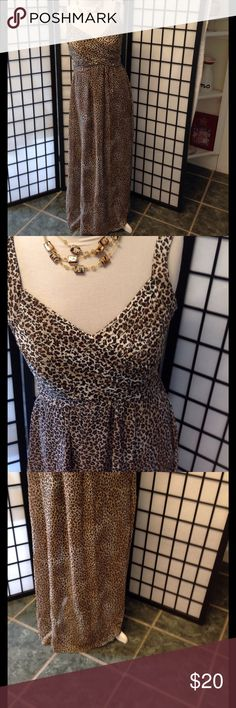 Animal print sun dress  EUC SIZE 6 Soft nylon type material ,100% polyester with invisible zipper on side. L56 B36 W 28 bobbie bee  Dresses Maxi