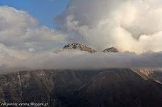 Kriakouras peak (2200) inside the clouds