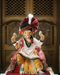 "Ganpati Majha Bappa   INDIA 🇮🇳 on Instagram: ""💛💛💛💛💛 #Ganesha #vighnaharta #lambodar #gajmukh Ganpati Bappa Morya🙏🙏🙏 Mangal Murti Morya 🙏🙏🙏 🔹🔹🔹🔹🔹🔹🔹🔹🔹🔹🔹🔹 Photo Credits -…"""