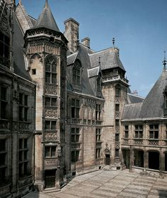 Inner facade and courtyard of the house of Jacques Coeur, Bourges, France, 1443-1451.