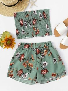 4 Beach Outfit Trends You Don't Want To Miss This Summer Cute Beach Outfits, Cute Lazy Outfits, Crop Top Outfits, Teen Fashion Outfits, Outfits For Teens, Mode Bollywood, Bollywood Fashion, Outfit Strand, Jugend Mode Outfits
