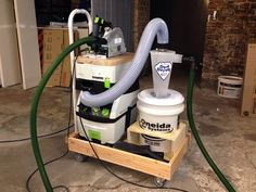 Learn about dust collection from the industry leading experts at Oneida Air Systems. Woodworking Jigs, Woodworking Projects, Dust Deputy, Shop Dust Collection, Wood Bin, Dust Removal, Dust Collector, Wood Tools, Atelier