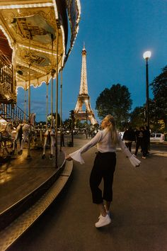 Ultimate Guide for a Romantic Weekend in Paris, France // Things to do, tips, Eiffel tower, louvre, travel, disney land, montmartre, arc de triomphe, wanderlust, macaron, notre dame, Sacré-Coeur Disney Land, Macarons, Paris France, Notre Dame, Things To Do, Louvre, Fair Grounds, Wanderlust, Tower
