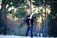 Фотосессия замечательных ребят Ирины и Дмитрия в зимнем лесу