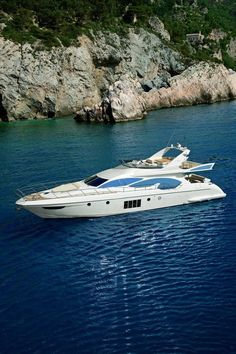 Instant Access to 518 Different Plans - From Small Wooden Boat Plans To Large Sailboat Plans - Free Boat Plans Yacht Design, Super Yachts, Yachting Club, Yatch Boat, Azimut Yachts, Yacht World, Sports Nautiques, Used Boats, Motor Boats