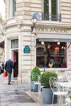 Le Boulanger des Invalides Jocteur, Paris, France.