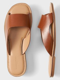 Womens Sandals - How To Develop An Outstanding Shoe Wardrobe Slide Sandals, Women's Shoes Sandals, Leather Sandals, Women Sandals, Strappy Shoes, Sandal Heels, Flat Shoes, Oxford Shoes, Flats