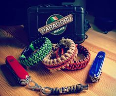 """264 Likes, 5 Comments - Paracord-Maze (@paracord_maze) on Instagram: """"#paracordmaze #burgandy #stitch #shackles #cobraweave #everydaycarry #hobby #handcrafted #handmade…"""""""