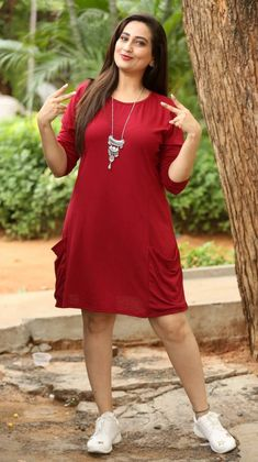 Indian TV Anchor Manjusha Long Hair Legs Thighs Show - Beautiful Indian Actress  IMAGES, GIF, ANIMATED GIF, WALLPAPER, STICKER FOR WHATSAPP & FACEBOOK
