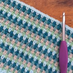 Meet Crochet Lover Holly of Holly_Pips - simple knitted blanket Chunky Crochet, Free Crochet, Knit Crochet, Chunky Knits, Crochet Blanket Patterns, Crochet Stitches, Linen Stitch, Chunky Blanket, Moss Stitch