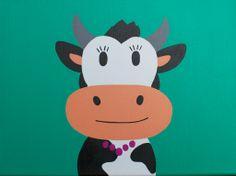 Kinderkamerkunst. Handgemaakt kinderschilderij. Koe 30x40. Achtergrond: groen. kinderschilderijen www.byphilomena.nl  Gemaakt door: Philomena. Doek: Canvas.