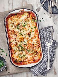 Vegetable casserole with broccoli – recipe EDEKA – Famous Last Words Broccoli Recipes, Salmon Recipes, Veggie Recipes, Dinner Recipes, Healthy Recipes, Healthy Meals, Classic Lasagna Recipe, Easy Lasagna Recipe, Vegetable Casserole