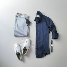 Love This Outfit. And you? . . Download Capsule Wardrobe Guide. Link In Bio @capsulewardrobemen . . #mensfashion #outfitgrid #flatlay #vscogrid