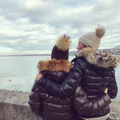 Moncler Jacket Women, Ski, Winter Hats, Winter Jackets, Boys Are Stupid, Down Puffer Coat, Fur Collars, Winter Fashion, Women's Fashion