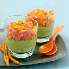 Découvrez la recette Verrine de guacamole au saumon sur cuisineactuelle.fr.