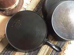 Wagner cast iron or Wagner Ware are some of the finest vintage cast iron cookware. Learn the history, dating, logos of Wanger Manufacturing Company. Vintage Cast Iron Cookware, Wagner Cast Iron, Cleaning Solutions, It Cast, Dates, Cooking, History, Frying Pans, Logos