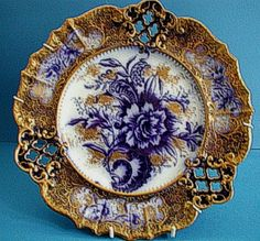 Early Victorian Wiltshaw & Robinson (Carlton Ware) Flow Blue & Gilt, richly decorated reticulated dessert plate, bearing the blue W & R Crown mark backstamp. Dated circa Probably one of the prettiest patterns Ive ever seen! Antique Plates, Vintage Plates, Antique China, Vintage China, Decorative Plates, Flow Blue China, Blue And White China, Porcelain Ceramics, China Porcelain