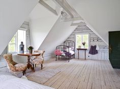 7 Interested Tips AND Tricks: Attic Remodel Apartment Therapy attic bedroom built ins.Attic Bedroom Built Ins attic ideas modern. Attic Renovation, Attic Remodel, Loft Room, Bedroom Loft, Bedroom Office, Small Attic Bathroom, Small Attics, Attic Design, Interior Design